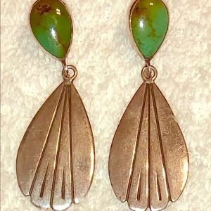 Jewelry - Vintage sterling silver and turquoise earrings.